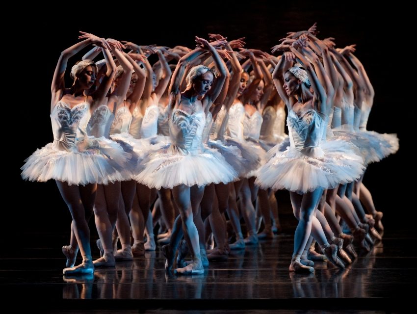 Swan Lake with Nashville Ballet
